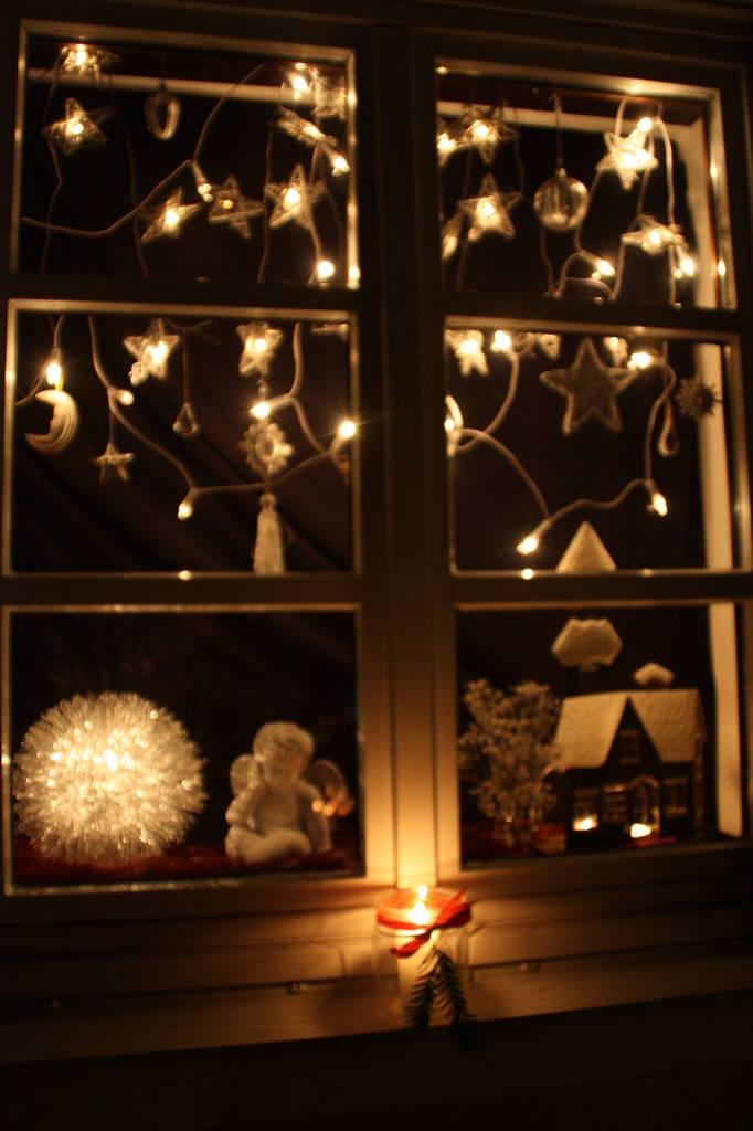 adventsfenster 2012. Black Bedroom Furniture Sets. Home Design Ideas